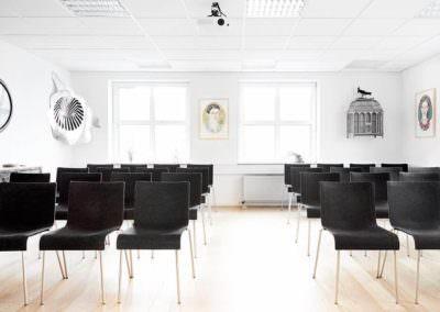 MBK tilbyder lokaler fra 2 til 138 personer her i Pilestræde - prisen er lave med kvaliteten er top.