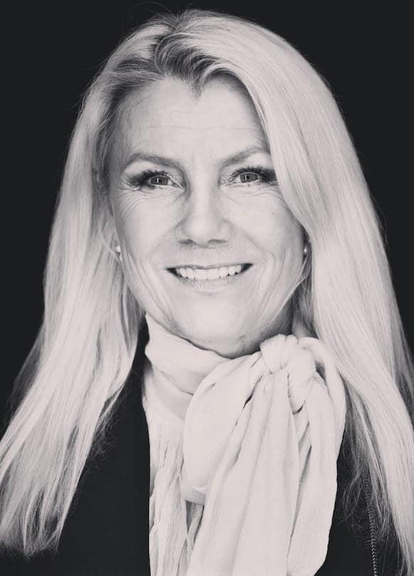 Anna-Elise Bækkelund, Erhvervskonsulent MBK